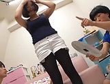 Lovely Risa Shiori has her cunt creamed picture 16