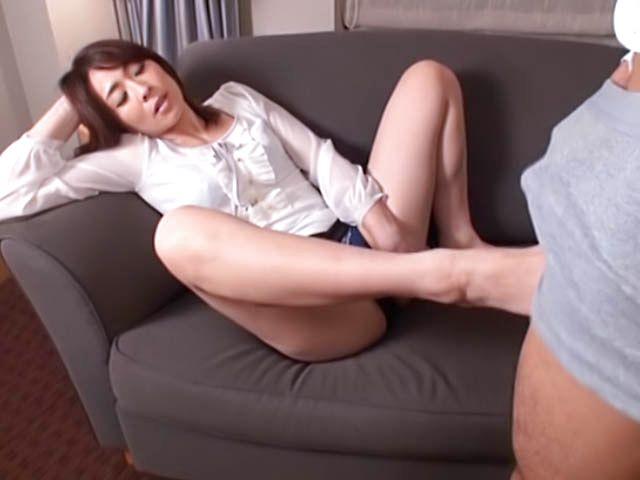 Kinky Asian babe likes to swallow warm cum