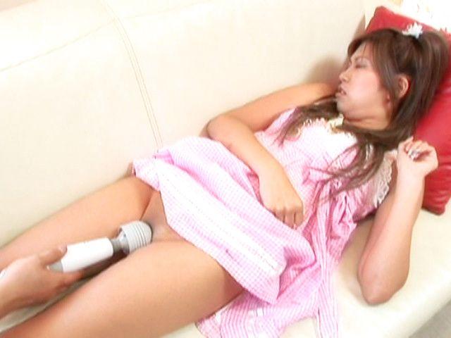 Junna Kawai Asian teen beauty has hairless pussy