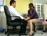 Aoi Miyama blowing her boos while at work picture 14