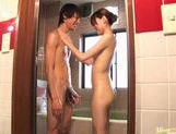 Chinatsu Izawa stroking cock and giving hot blowjob in bathtub picture 15