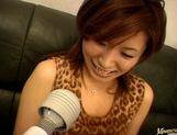Shizu Umemiya Asian babe gives hot blowjob