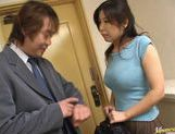 Hot Japanese babe sucks cock like mad