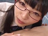 Kinky head queen Wasa Yatabe enjoys engulfing cock