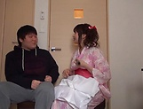 Lusty milf Hayakawa Mizuki stroking a big cock picture 12