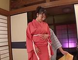 Hot barbie Saki Hatsumi enjoying some hand work picture 15