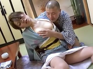 Busty mature excels in wilddick pleasuring