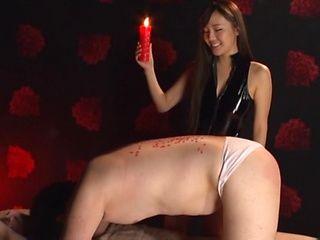 Naughty AV hottie Kurokawa Sarina using wax in her sex play