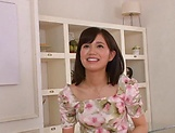 Akiyoshi Kanon ,has her shaved pussy pleasured