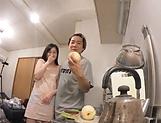 Emiri Suzuhara enjoys flaunting her nice ass picture 15