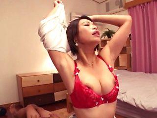 Busty cougar Takigawa Yunoka fucking with a handsome dude